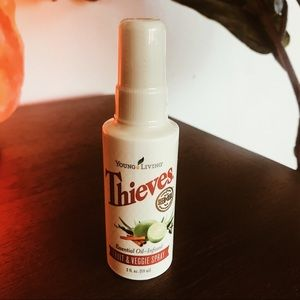 NEW Young Living Thieves Fruit & Veggie Spray